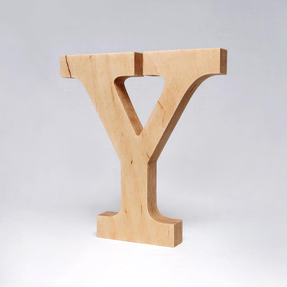 Y dřevěné písmeno