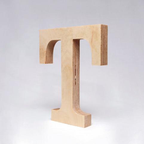 T dřevěné písmeno